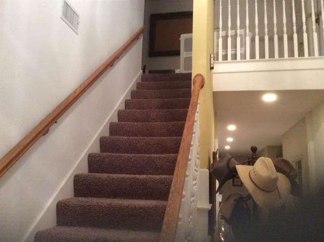 341 Leeward Circle, Azle, TX 76020 (MLS #14257763) :: Lynn Wilson with Keller Williams DFW/Southlake