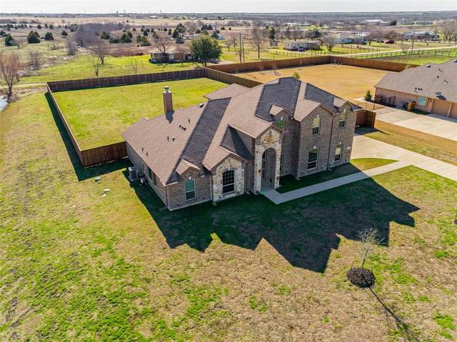 13264 Franklin, Talty, TX 75126 (MLS #14259961) :: Potts Realty Group