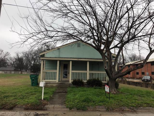 115 W Hird Street, Gainesville, TX 76240 (MLS #14261196) :: Hargrove Realty Group