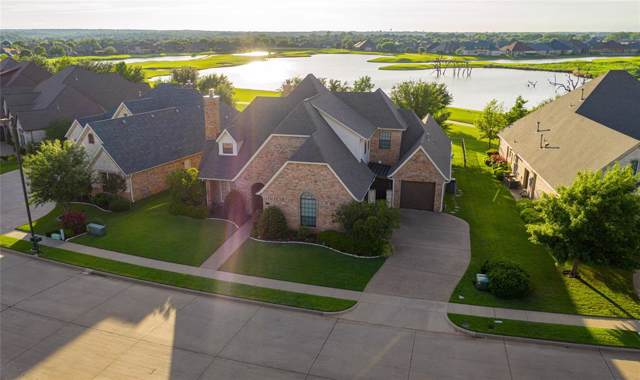 2701 Waters Edge Drive, Granbury, TX 76048 (MLS #14263455) :: The Kimberly Davis Group