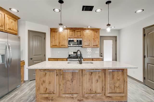 2808 Brazos River Drive, Granbury, TX 76048 (MLS #14265930) :: Baldree Home Team