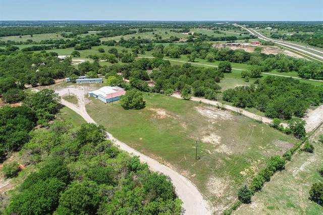 404 County Road 1180, Alvord, TX 76225 (MLS #14271612) :: Real Estate By Design