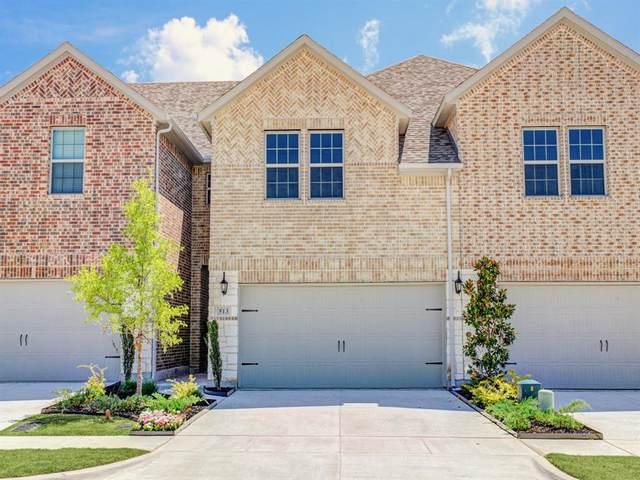 513 Hutchinson Lane, Lewisville, TX 75077 (MLS #14273594) :: Team Hodnett