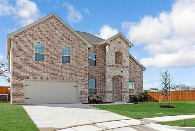 1406 Wagon Wheel Way, Krum, TX 76249 (MLS #14275356) :: Trinity Premier Properties