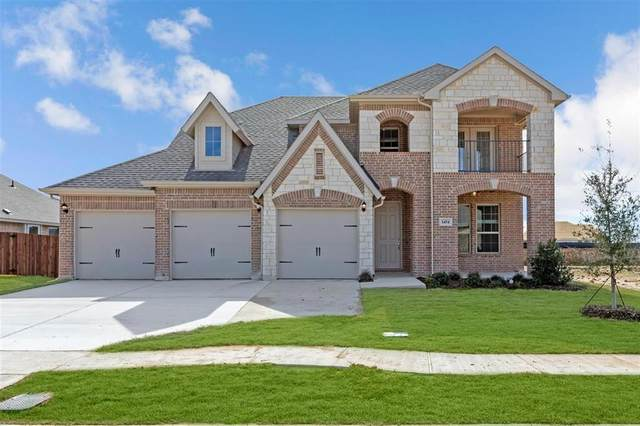 1454 Wagon Wheel Way, Krum, TX 76249 (MLS #14275592) :: Trinity Premier Properties