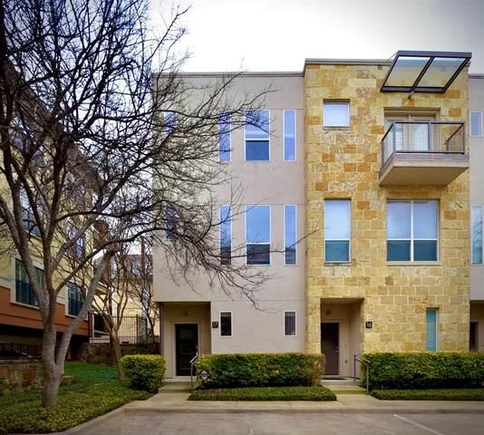 3800 Holland Avenue #17, Dallas, TX 75219 (MLS #14276304) :: Vibrant Real Estate