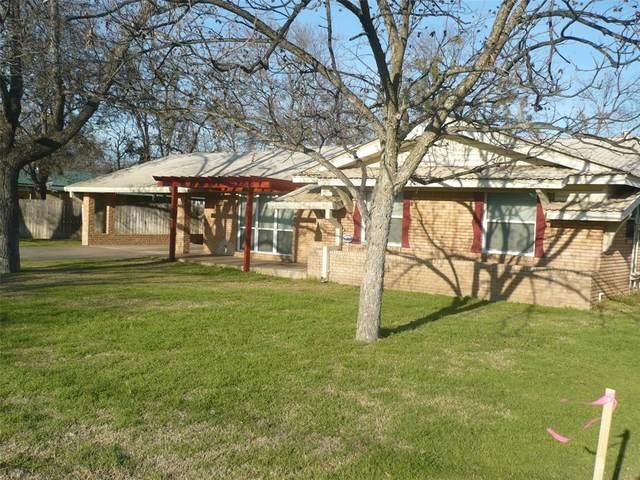 1510 N Reynolds Street N, Goldthwaite, TX 76844 (MLS #14284181) :: Team Tiller