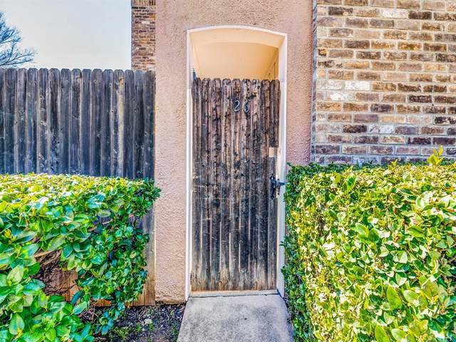 5628 Boca Raton Boulevard #126, Fort Worth, TX 76112 (MLS #14284540) :: Frankie Arthur Real Estate