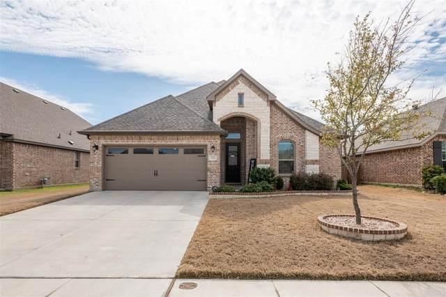 729 Ravenwood Drive, Saginaw, TX 76179 (MLS #14287203) :: Baldree Home Team