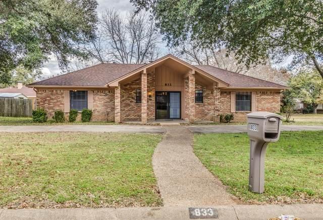 833 S Ridgeway Drive, Cleburne, TX 76033 (MLS #14289579) :: Potts Realty Group