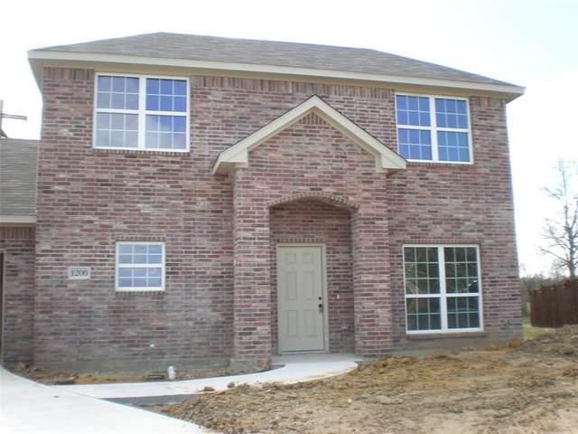1200 Stacy Court, Denton, TX 76209 (MLS #14290193) :: The Mauelshagen Group