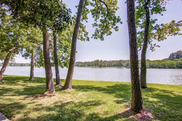 34 Shorelake Drive, Houston, TX 77339 (MLS #14296426) :: Bray Real Estate Group