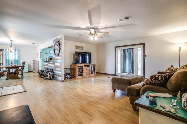 6250 Hill Court, Rio Vista, TX 76093 (MLS #14297181) :: Potts Realty Group