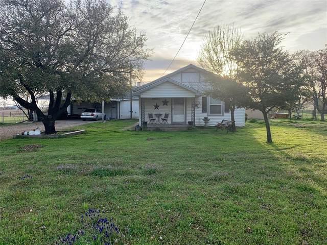 1938 Grayson Road, Nocona, TX 76255 (MLS #14300821) :: Ann Carr Real Estate