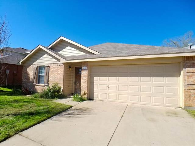 1112 Switchgrass Lane, Crowley, TX 76036 (MLS #14302280) :: The Mitchell Group