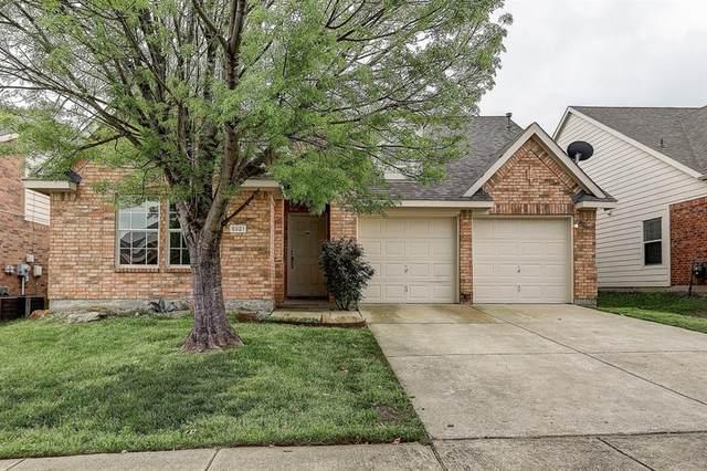 5921 Greenmeadow Drive, Denton, TX 76226 (MLS #14306625) :: North Texas Team | RE/MAX Lifestyle Property