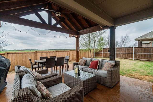 1001 Spring Falls Drive, Mckinney, TX 75071 (MLS #14307064) :: The Kimberly Davis Group