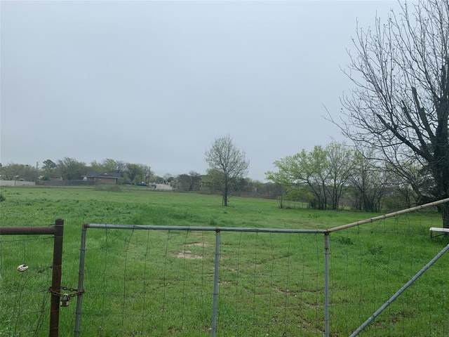 1802 9th Street, Bridgeport, TX 76426 (MLS #14309568) :: RE/MAX Landmark