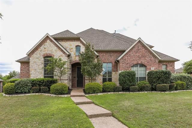 904 Pimlico Drive, Keller, TX 76248 (MLS #14310337) :: Frankie Arthur Real Estate
