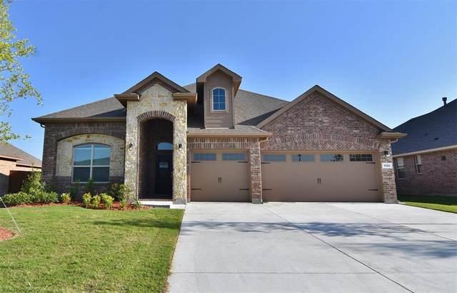 624 Golden Bell Drive, Glenn Heights, TX 75154 (MLS #14322644) :: Team Tiller