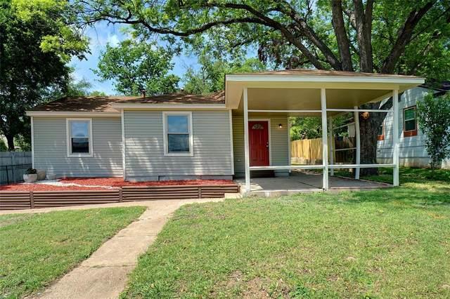 1605 Montrose Drive, River Oaks, TX 76114 (MLS #14329401) :: HergGroup Dallas-Fort Worth