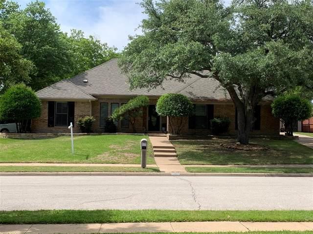 500 Briarglen Drive, Coppell, TX 75019 (MLS #14329583) :: The Rhodes Team