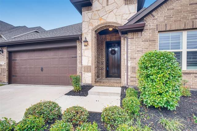 14633 Spitfire Trail, Fort Worth, TX 76262 (MLS #14336414) :: The Kimberly Davis Group