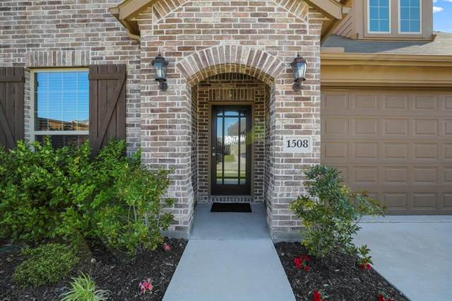 1508 Yellowthroat Drive, Little Elm, TX 75068 (MLS #14337190) :: RE/MAX Pinnacle Group REALTORS