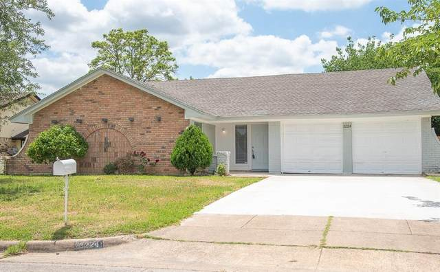 3224 Lookout Drive, Forest Hill, TX 76140 (MLS #14339272) :: NewHomePrograms.com LLC