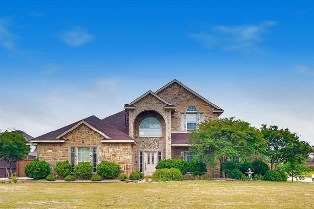 1100 River Rock Drive, Kennedale, TX 76060 (MLS #14342474) :: Team Tiller