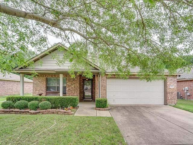 2916 Castlebend Drive, Seagoville, TX 75159 (MLS #14347689) :: The Paula Jones Team | RE/MAX of Abilene
