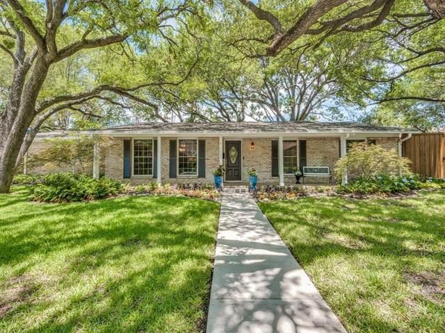 3655 Weeburn Drive, Dallas, TX 75229 (MLS #14348121) :: Tenesha Lusk Realty Group