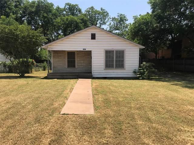 2401 N 3rd Street, Abilene, TX 79603 (MLS #14348694) :: The Tierny Jordan Network