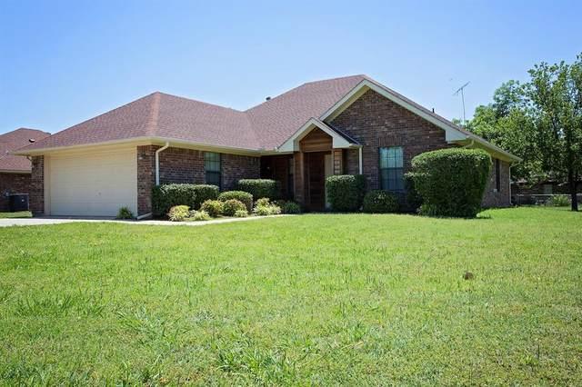 1806 SE 14th Street, Mineral Wells, TX 76067 (MLS #14349158) :: Team Tiller