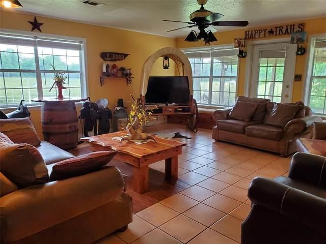 15447 N Hwy 144, Omaha, TX 75571 (MLS #14349333) :: The Paula Jones Team | RE/MAX of Abilene
