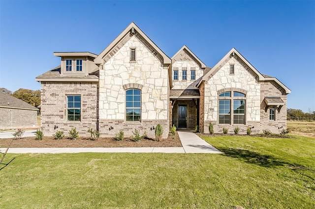 413 Monteverde Lane, Burleson, TX 76028 (MLS #14351583) :: Real Estate By Design
