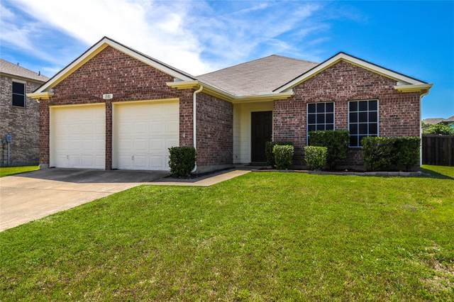 1503 Lakeside Drive, Glenn Heights, TX 75154 (MLS #14352276) :: The Mauelshagen Group