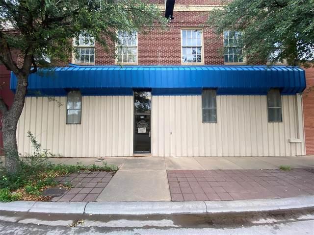 858 N 1st Street, Abilene, TX 79601 (MLS #14353102) :: Tenesha Lusk Realty Group