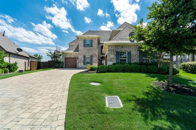 2604 Fountain Drive, Irving, TX 75063 (MLS #14353378) :: Hargrove Realty Group