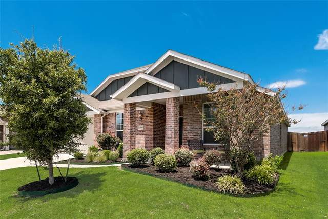 2008 Enchanted Rock Drive, Forney, TX 75126 (MLS #14353403) :: RE/MAX Landmark