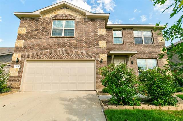 2929 Whitetail Chase Drive, Fort Worth, TX 76108 (MLS #14355327) :: Tenesha Lusk Realty Group