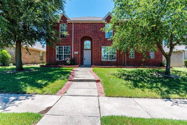 206 Rain Tree Drive, Sunnyvale, TX 75182 (MLS #14362201) :: Tenesha Lusk Realty Group