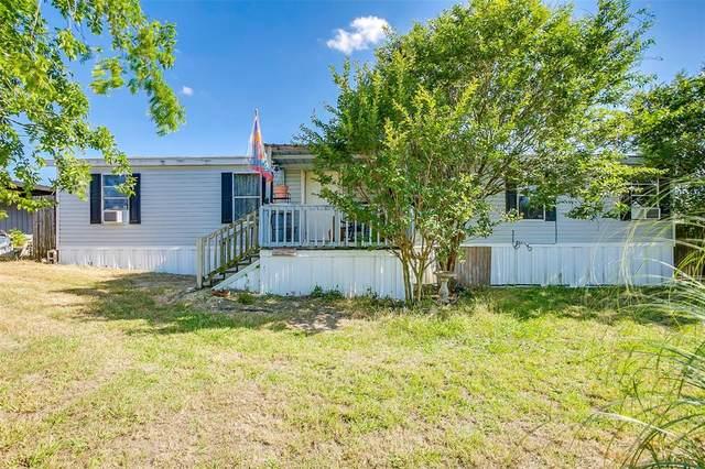 8316 County Road 109, Alvarado, TX 76009 (MLS #14364196) :: Real Estate By Design