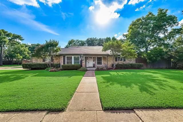 11007 Beauty Lane, Dallas, TX 75229 (MLS #14365286) :: Team Tiller