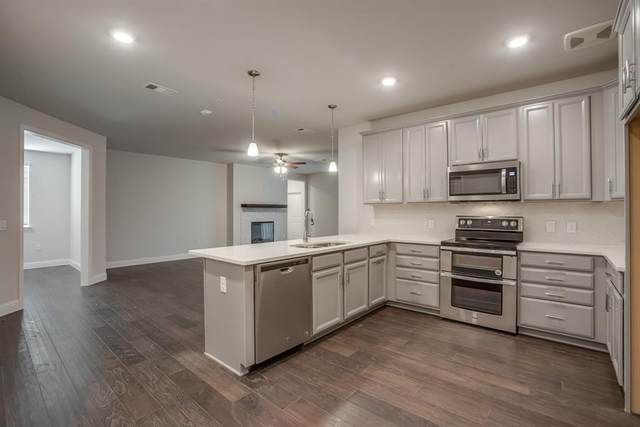 1735 Wittington Place #3202, Farmers Branch, TX 75234 (MLS #14367717) :: The Chad Smith Team