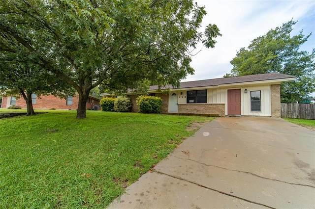 114 Doublehorn Street, Stephenville, TX 76401 (MLS #14367986) :: Maegan Brest   Keller Williams Realty
