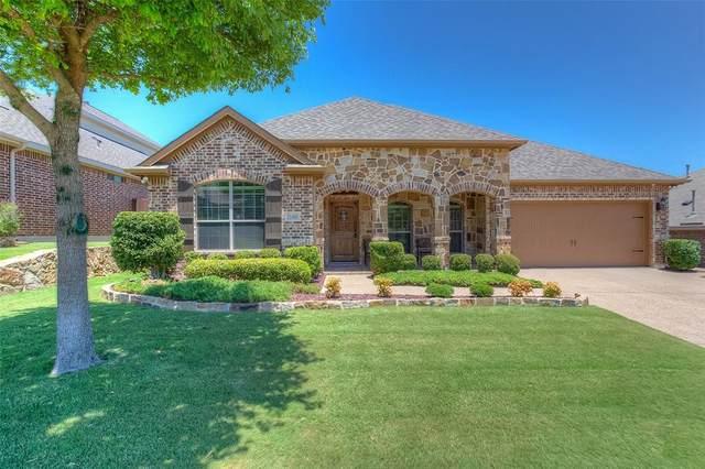 11000 Silver Horn Drive, Fort Worth, TX 76108 (MLS #14369165) :: Team Tiller