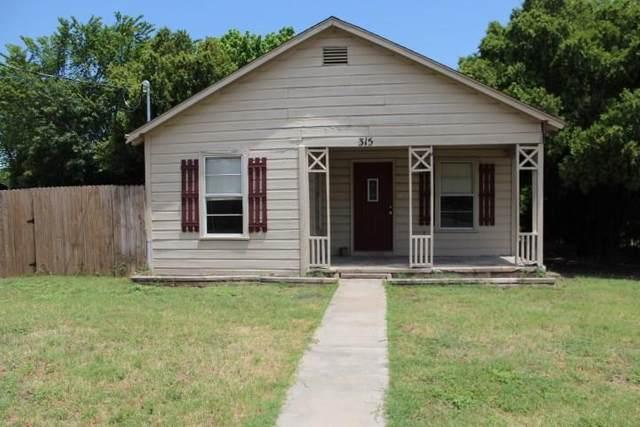 315 E 6th Street, Weatherford, TX 76086 (MLS #14371566) :: NewHomePrograms.com LLC