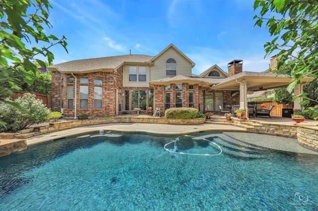 800 Woodcliff Drive, Mckinney, TX 75072 (MLS #14373915) :: The Kimberly Davis Group