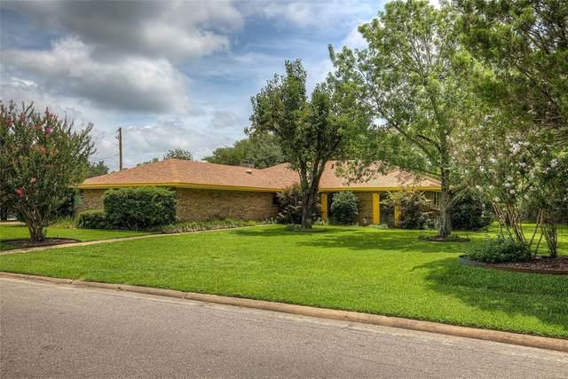 101 Royal Oaks Drive, Greenville, TX 75402 (MLS #14375427) :: The Kimberly Davis Group